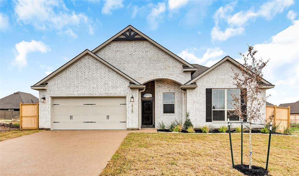 5109 Maroon Creek Drive, Bryan, TX 77802