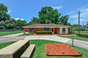 9107 homestead road, houston, TX 77016