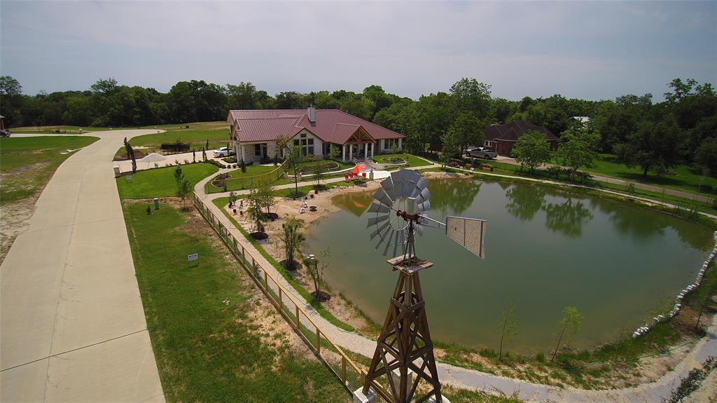 5701 Windmill Lane, Dickinson, TX 77539