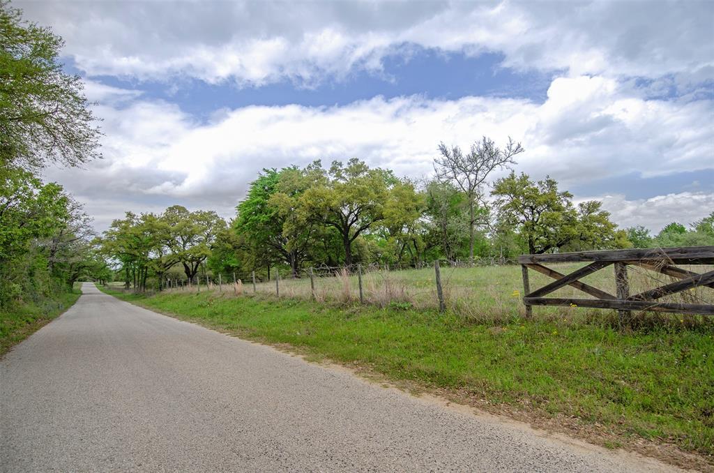10220 Lone Star Road, Washington, TX 77880