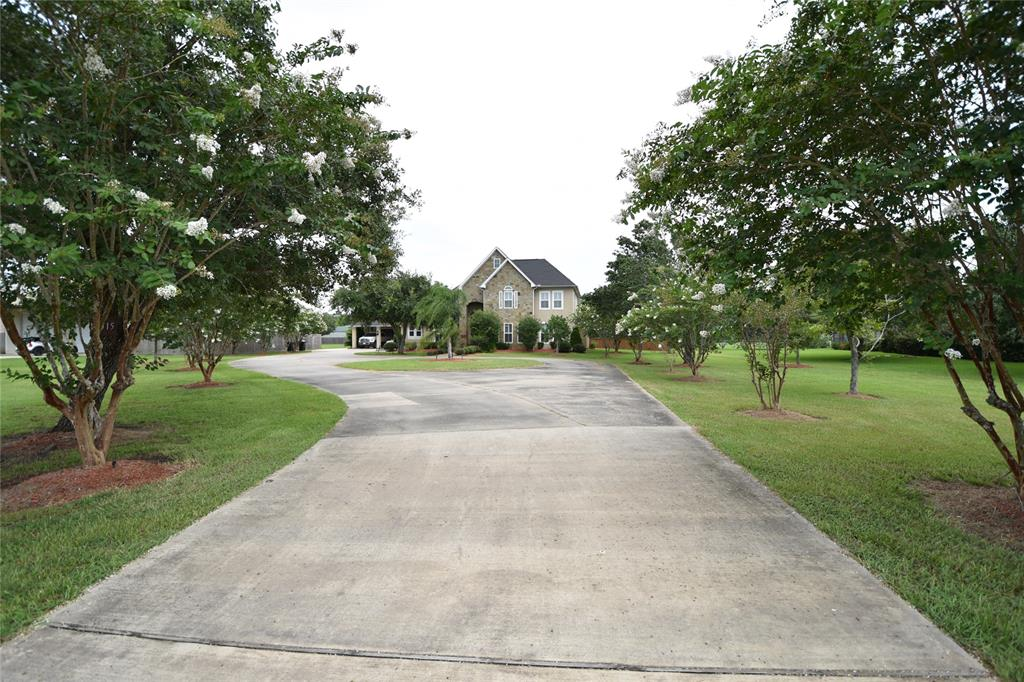 16315 County Road 171, Danbury, TX 77534