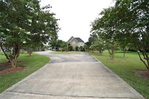 16315 County Road 171, Danbury TX 77534
