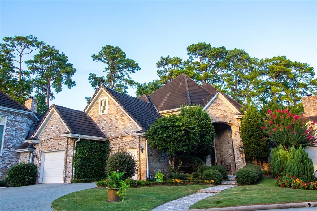 2738 N Southern Oaks Drive, Houston, TX 77068