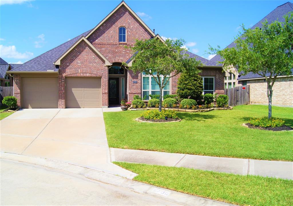 2730 Park Oak Court Court, Fresno, TX 77545