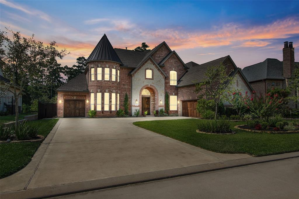 83 N Curly Willow Circle, Tomball, TX 77375