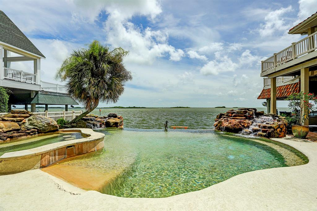 Homes for Sale in Galveston TX with Guest House | Mason Luxury Homes