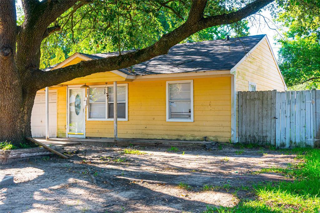 907 Longley Street, South Houston, TX 77587