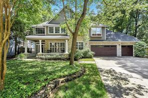 27 Classic Oaks Place, The Woodlands, TX 77382