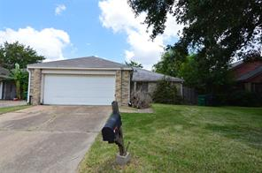 9618 Sharpcrest, Houston TX 77036