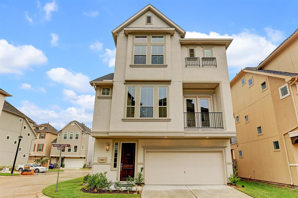 9612 Knights Station Drive, Houston, TX 77045