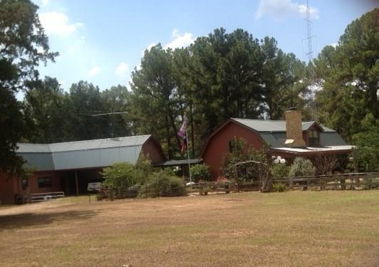 1058 Frelsburg Road, Alleyton, TX 78935
