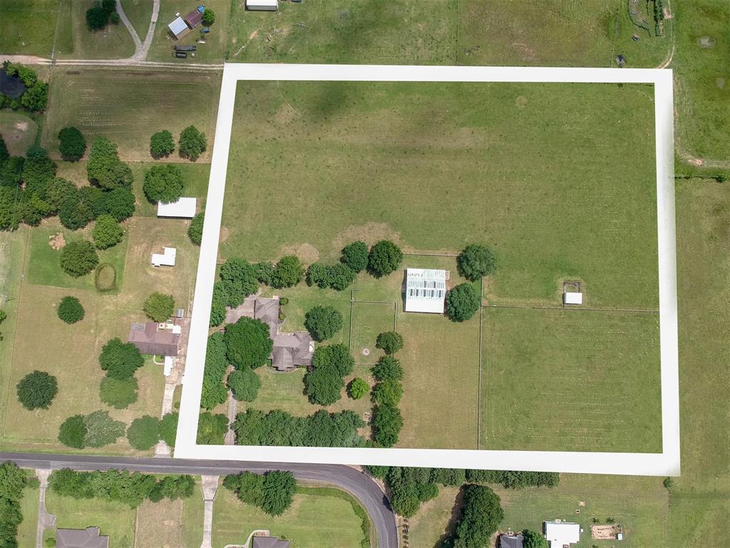 19203 Mueschke Road, Tomball, TX 77377
