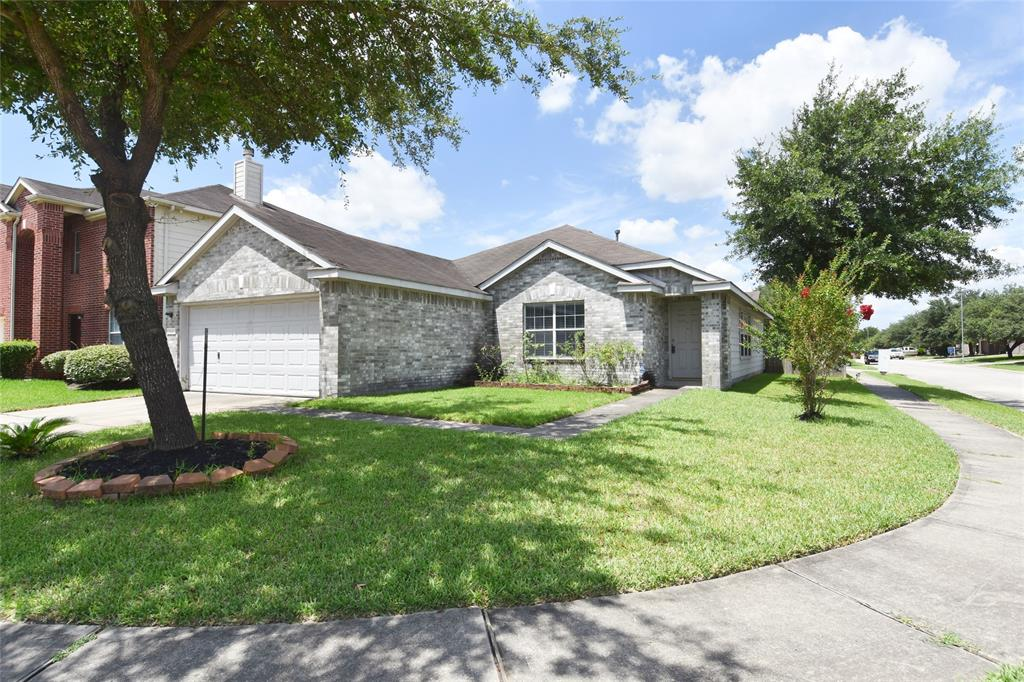 11643 Garden View Drive, Houston, TX 77067
