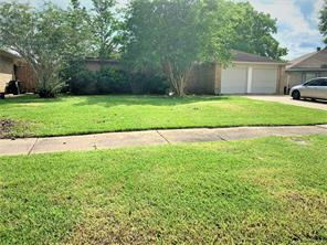 17210 Heritage Bay Drive, Webster, TX 77598