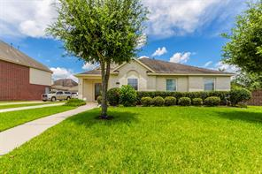 9827 Kimberly Loch Lane, Houston, TX 77089