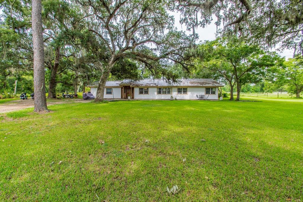 5058 County Road 517, Brazoria, TX 77422