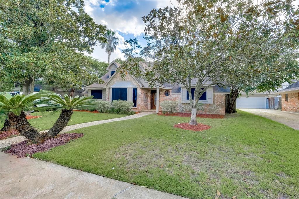 10727 Paulwood Drive, Houston, TX 77071