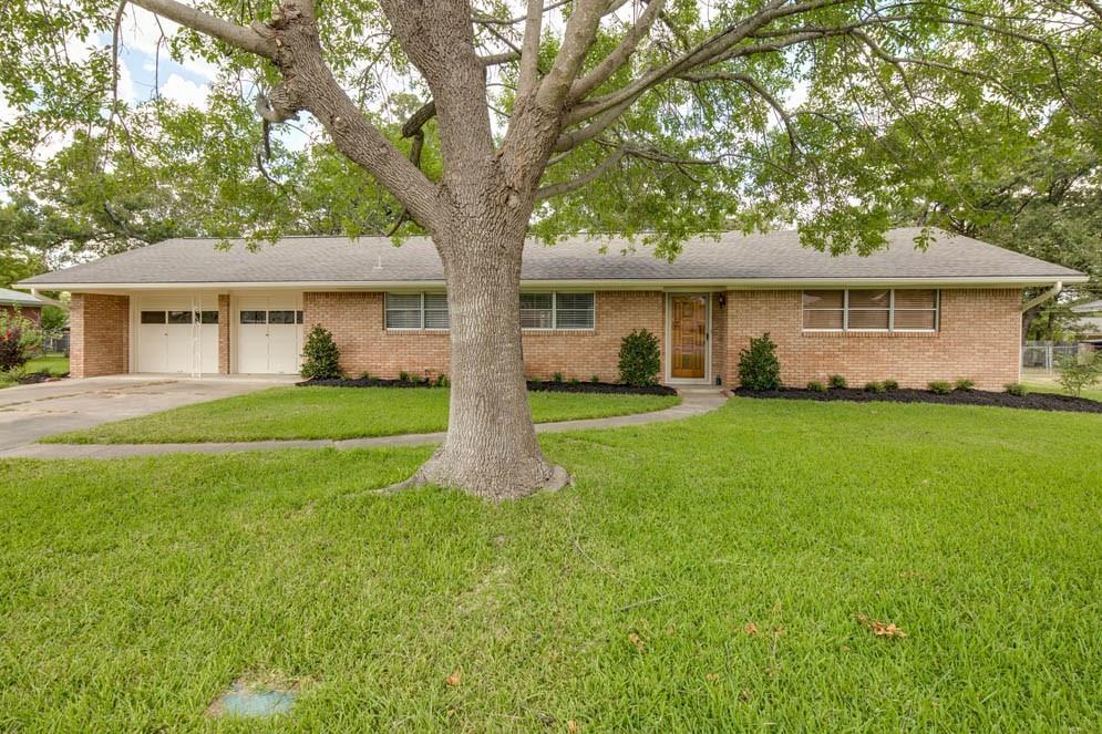 2309 Morningside Drive, Bryan, TX 77802