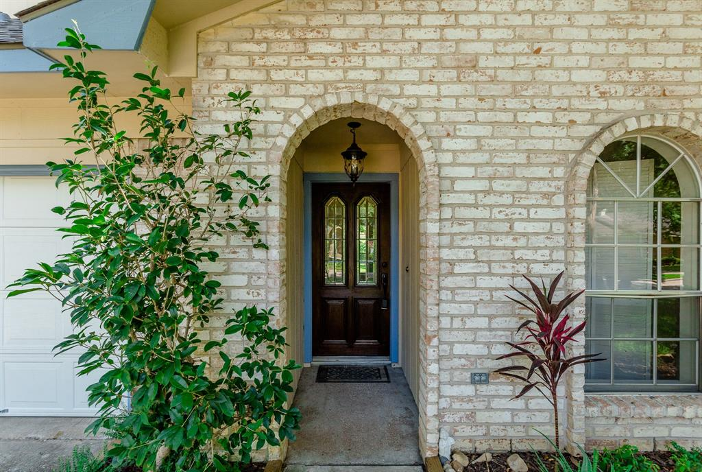 12402 Longbrook Drive, Houston, TX 77099
