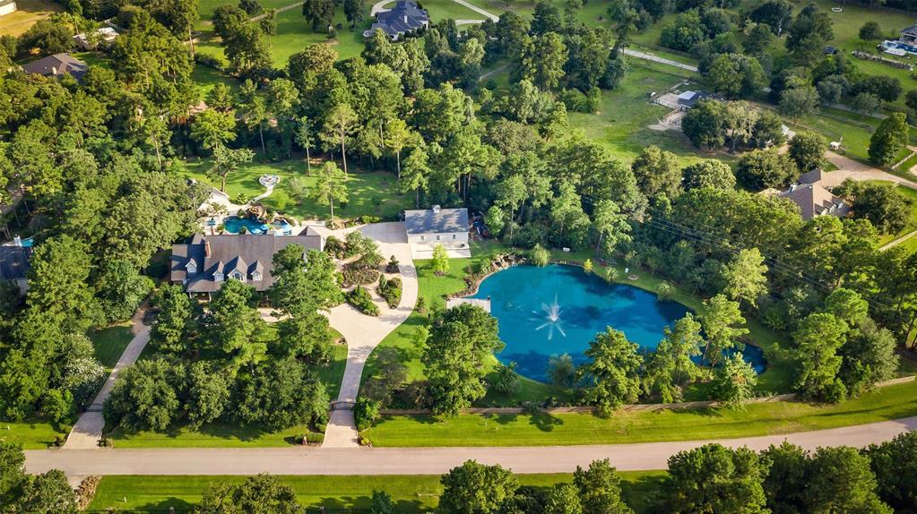35911 Post Oak Circle, Magnolia, TX 77355