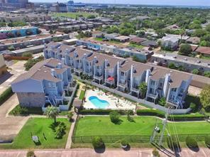 228 Seawall Boulevard, Galveston, TX 77550