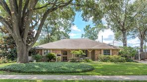 10607 Shadow Wood Drive, Houston, TX 77043