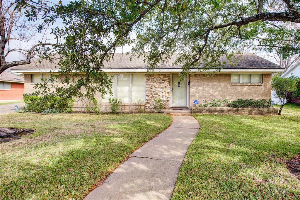 2507 Carter Creek Parkway, Bryan, TX 77802