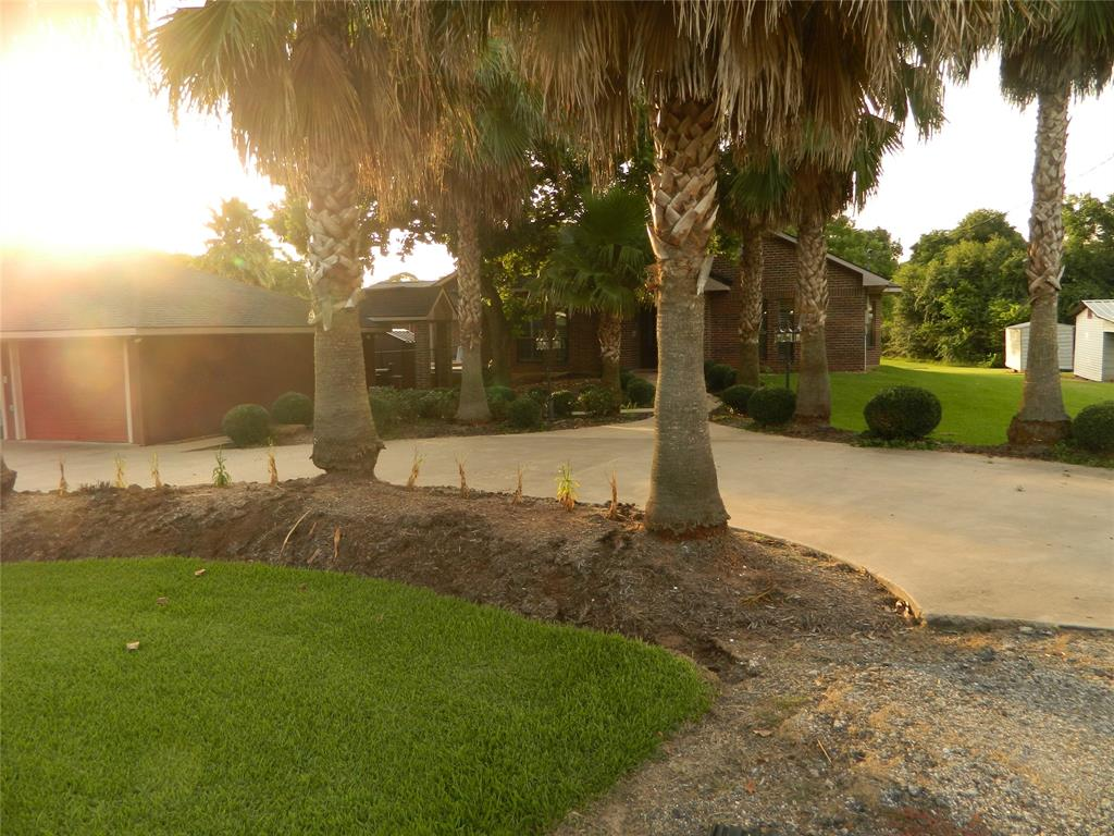 17108 County Road 278, East Bernard, TX 77435