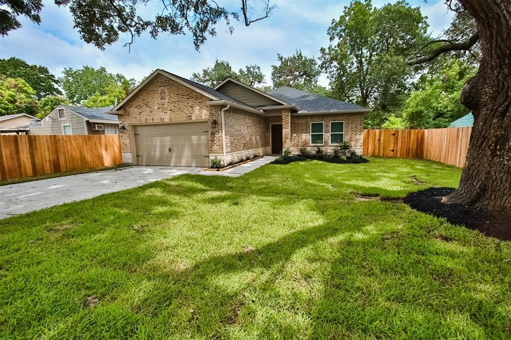 6723 Evans Street, Houston, TX 77061