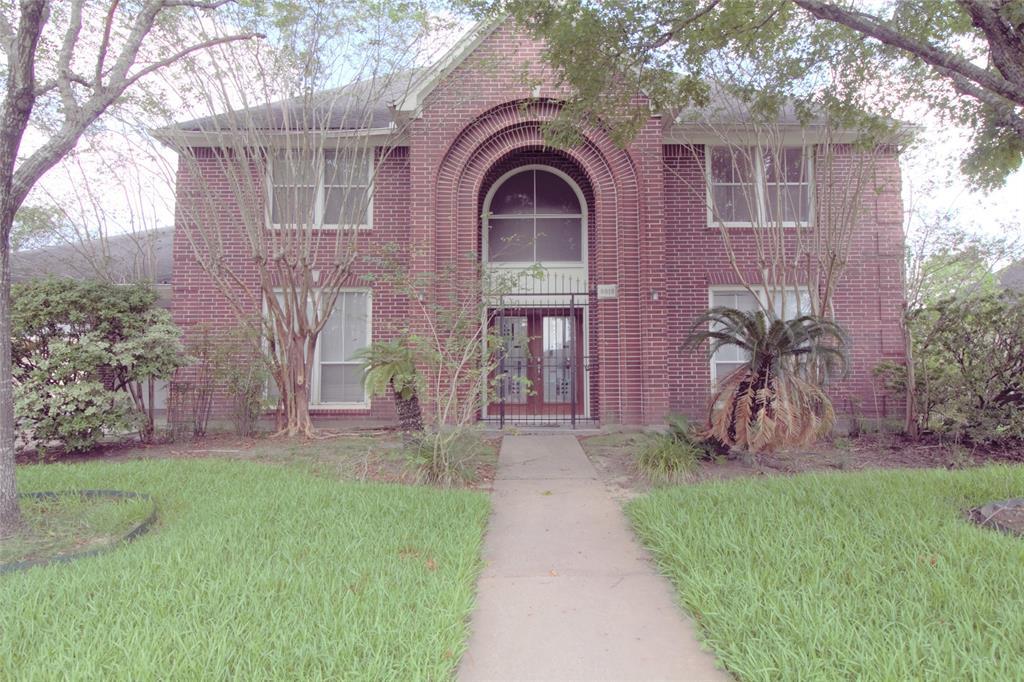 8018 Albin Lane, Houston, TX 77071