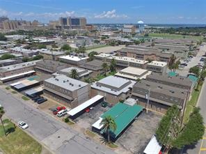 215 Post Office Street #704, Galveston, TX 77550