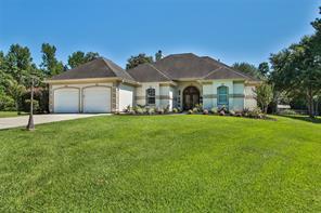 15513 Crown Oaks Drive, Montgomery, TX 77316
