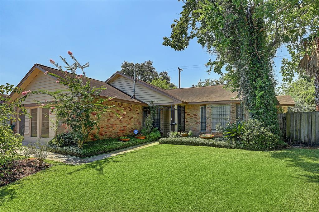 Homes for sale near brays oaks area houston tx - Westbury swimming pool houston tx ...