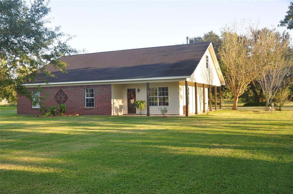 13425 Shellhammer Road, Winnie, TX 77665
