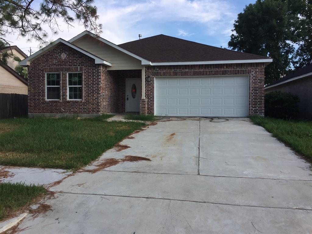 2019 New Construction Home Single Story House, 3 bed -2.5 bath,  1875 includes front porch 50 sft Included All major Upgrades, Granite counter top, Porcelain Wood Tiles in All area except rooms, Semi gloss paint, Spa tub. LowE Vinyl Windows, 30yr shingles Roofing. All LED Lights, 14 Seers Ac unit. Stainless Steel Stove/Dishwasher and Microwave) and much more.