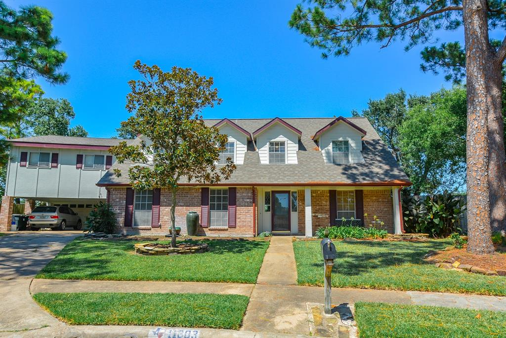 11803 Demia Court, Meadows Place, TX 77477