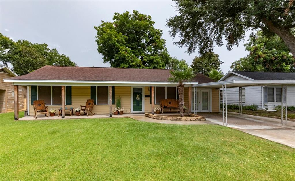 2234 3rd Street, Port Neches, TX 77651