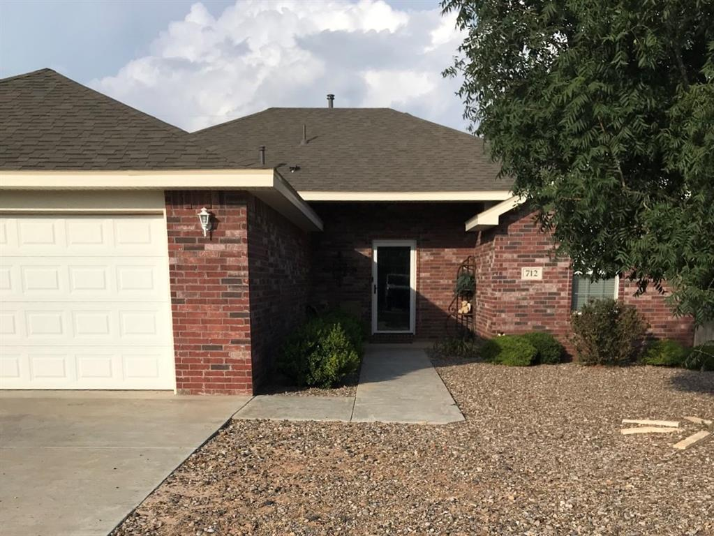 712 N Burleson, Stanton, TX 79782