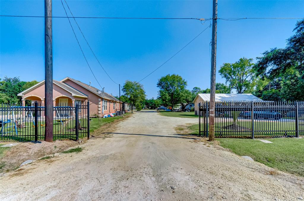 16915 Avenue A, Channelview, TX 77530