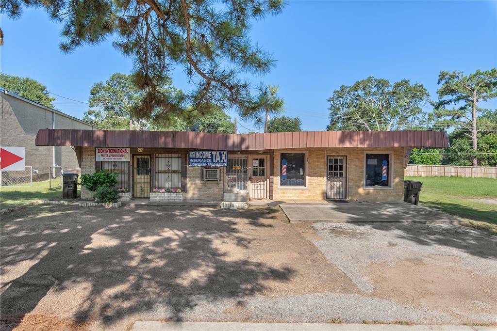 613 University Drive, Prairie View, TX 77446
