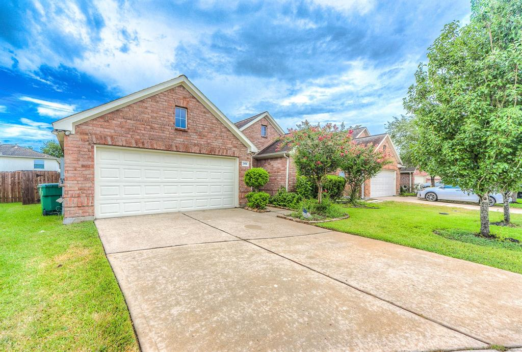 Homes for Sale in Houston TX with High Ceilings