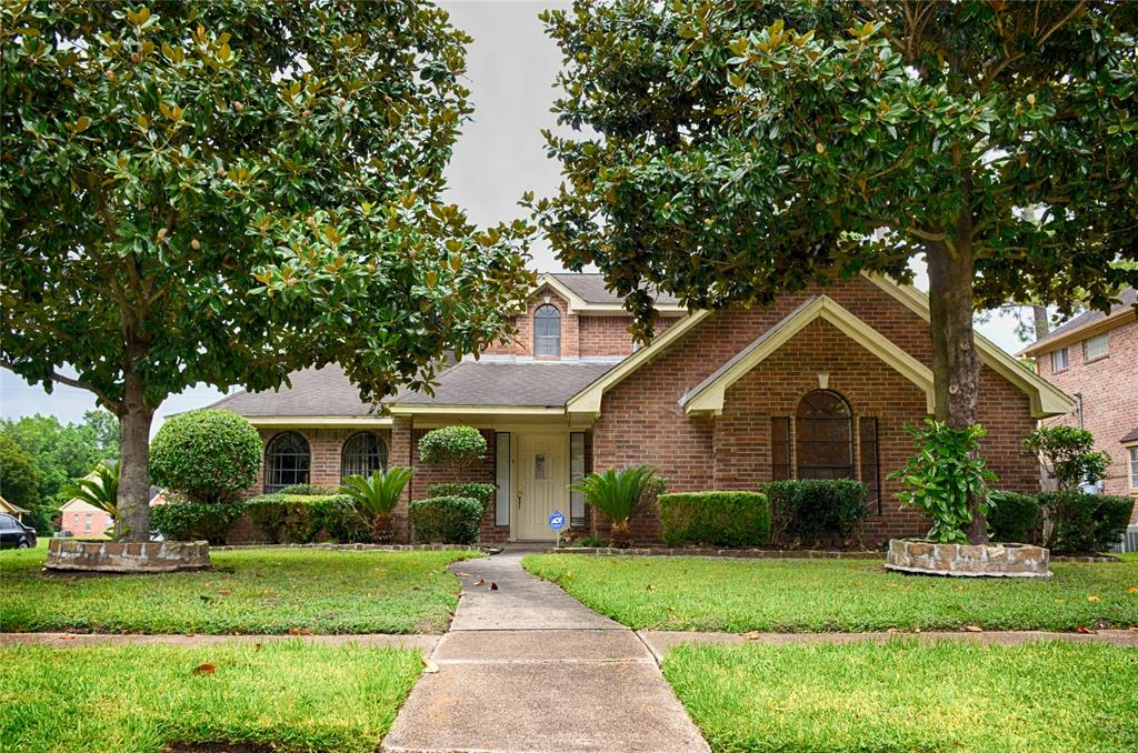5422 Sue Marie Lane, Houston, TX 77091