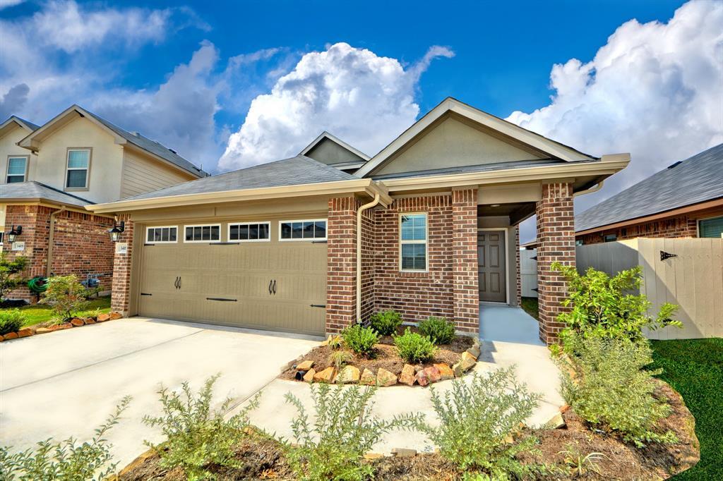 1408 Woods Lake Court, Houston, TX 77047