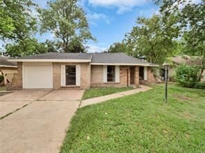 3607 Hollybrook, Houston TX 77039