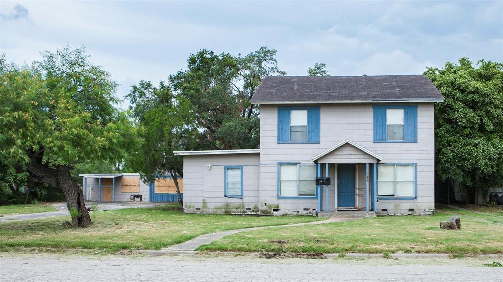 629 W Avenue A, Kingsville, TX 78363