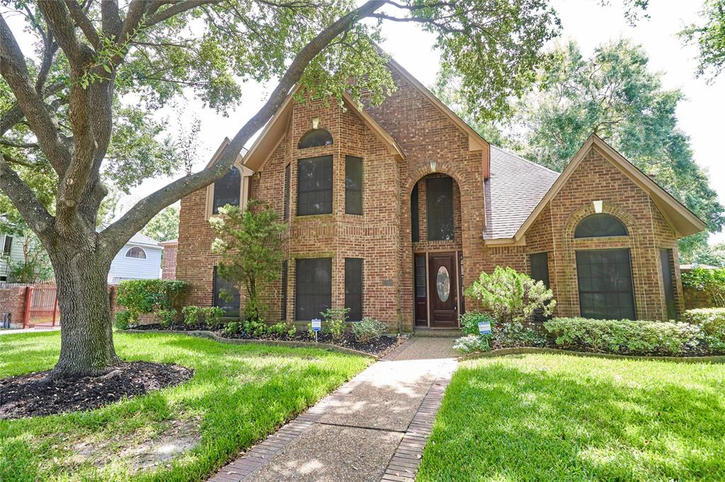12918 Hidden Castle Drive, Houston, TX 77015