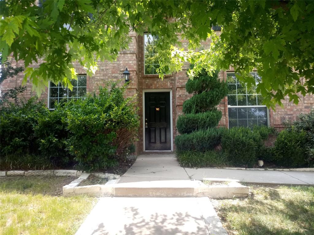 13817 Hunter Jake Drive, Fort Worth, TX 76052