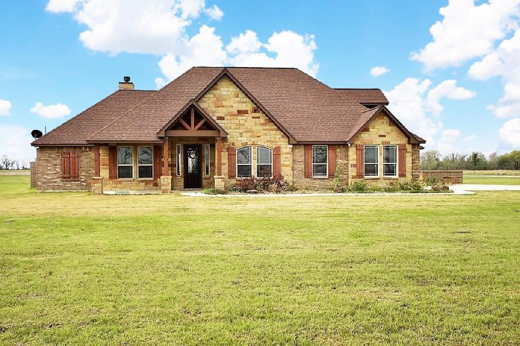 1720 County Road 212, Angleton, TX 77515