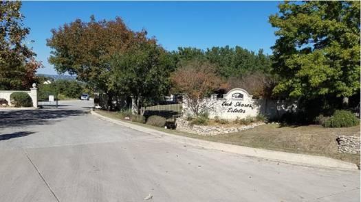 414 Scarlet Court, Canyon Lake, TX 78133