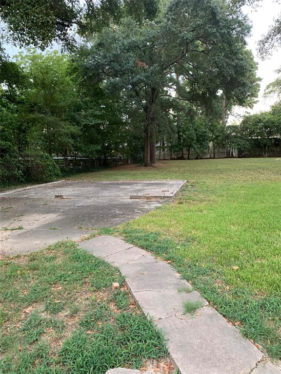 1630 Crestdale Drive, Houston, TX 77080